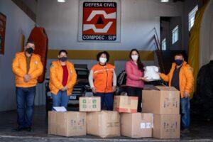 Funcionários da Defesa Civil de São José dos Pinhais recebem doação de máscaras do Instituto Renault