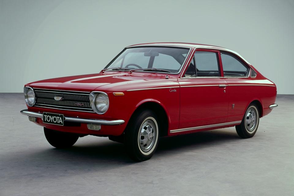 Toyota Corolla 1ª Geração 1966 – 1970.