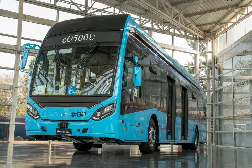 Mercedes-Benz eO500U