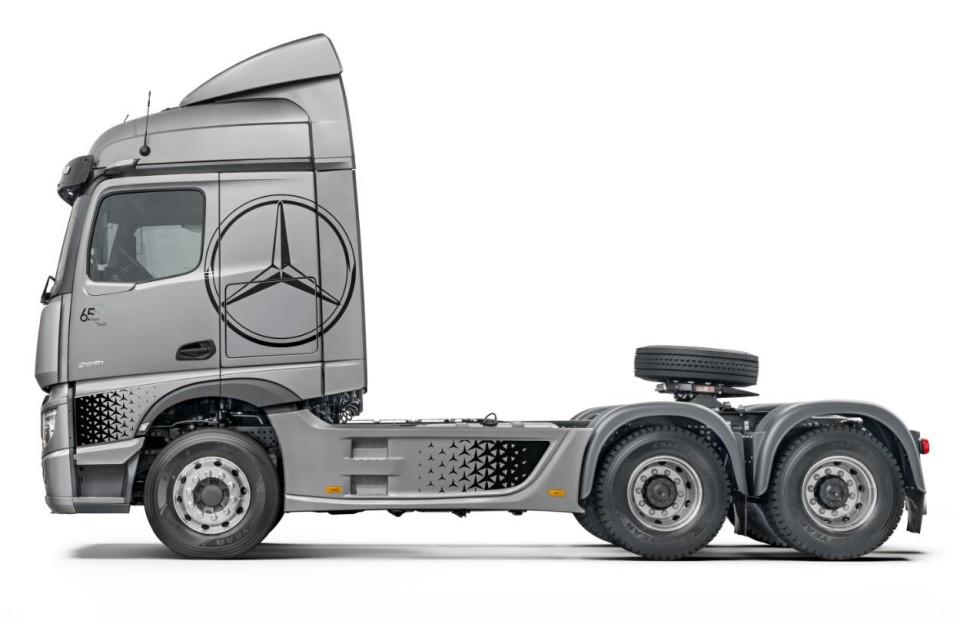 Mercedes-Benz Actros Coração Estradeiro